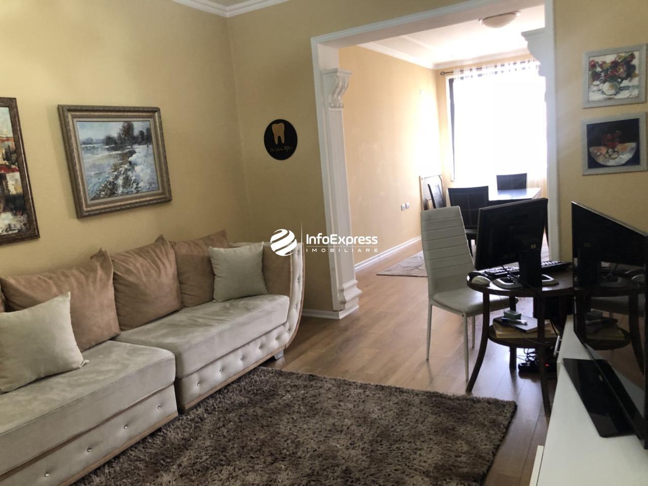 TRS-0419-1499 Shitet apartament 2+1 ndodhet ne rrugen e kavajes tek 21 Dhjetori, prane Bashkise!