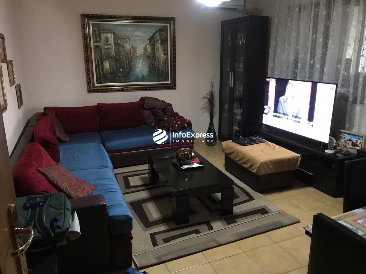 TRS-0618-1226 Shitet apartament 2+1 Ali Demi