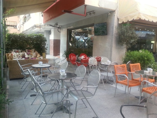 TRS-715-156 Bar-cafe ne shitje ne Komunen e Parisit OKAZION