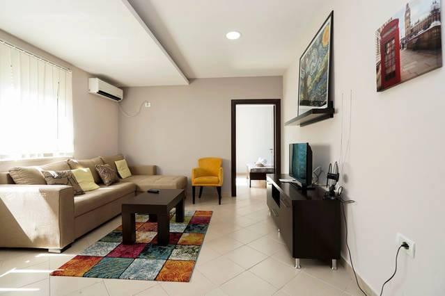TRR-1016-552 Apartament 1+1 me qera ne Bllok