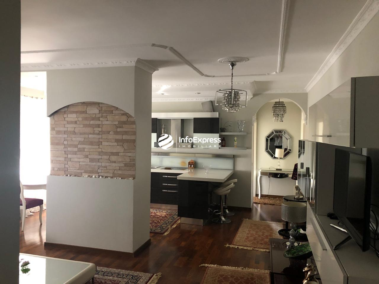 TRR-0419-1503 Jepet me qera apartament 2+1 ndodhet Perballe Toptanit,rruga George W Bush.