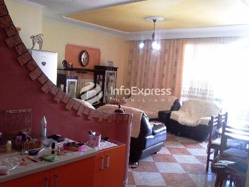 TRS-616-486 Apartament 2+1 ne shitje perballe Minibashkise Nr.1 dhe 2