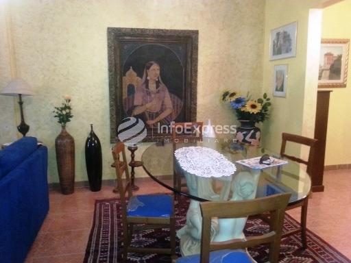 TRS-1015-280 Apartament 3+1 ne shitje ne Myslym Shyri
