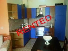 TRR-915-246 Apartament 1+1 me qera tek Shallvaret