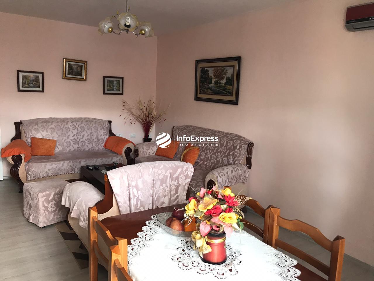 TRS-0419-1401 Shitet apartament 1+1 ne bulevardin Barjam Curri