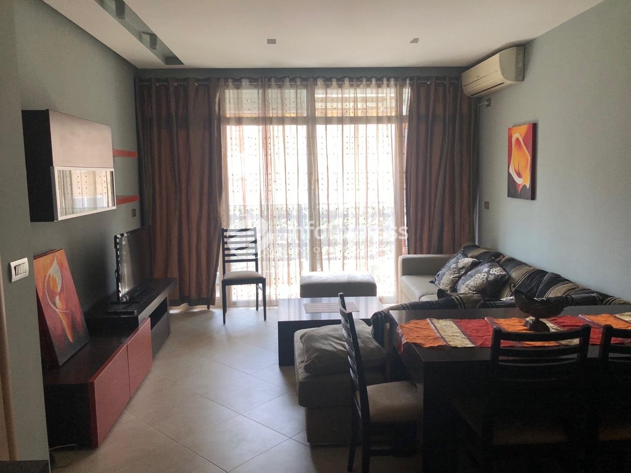 TRS-916-523 Shitet Apartament 2+1 tek Oxhaku.