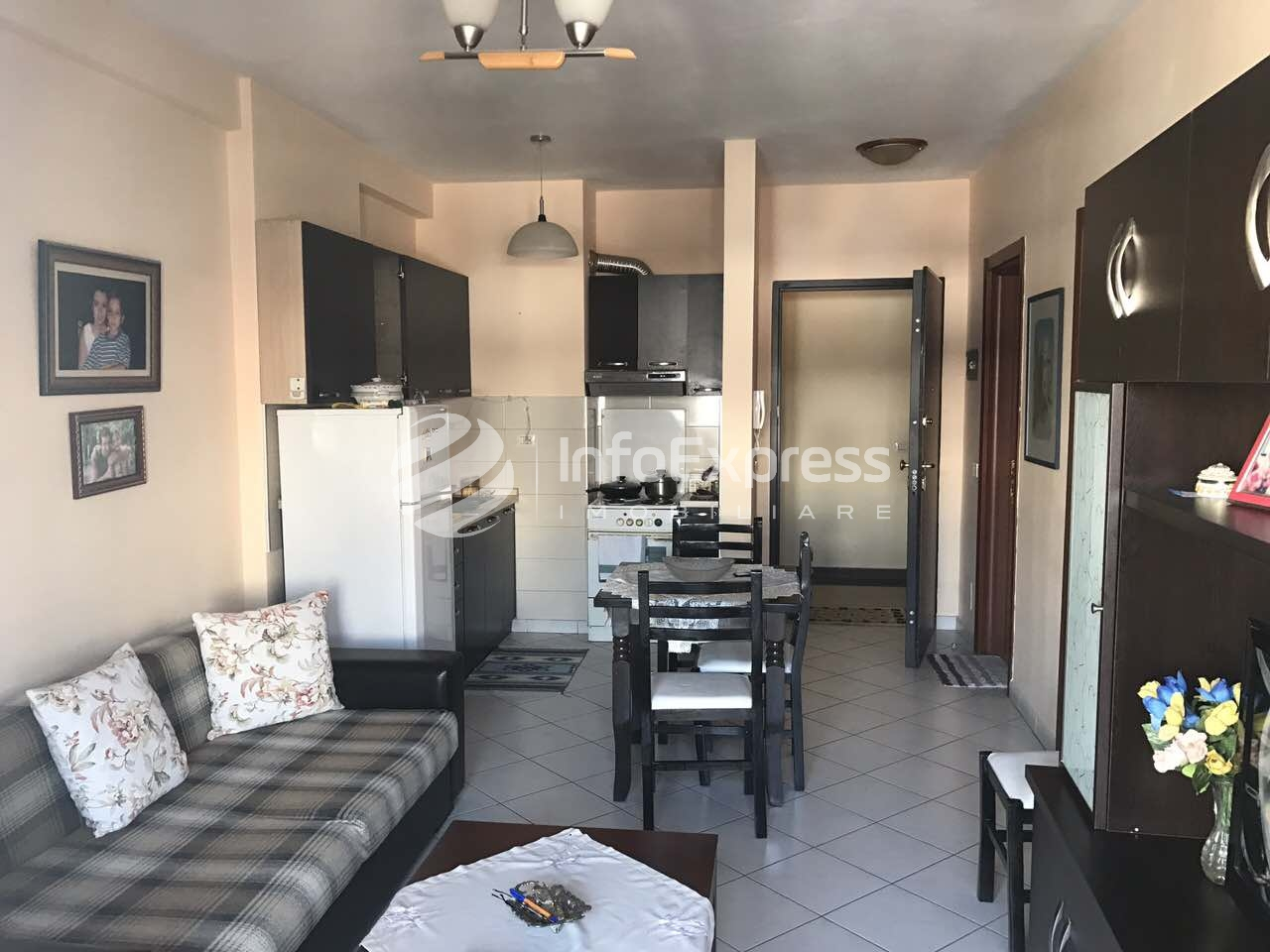 TRR-0118-792 Jepet me qera apartament 1+1 prane Kompleksi Cabej