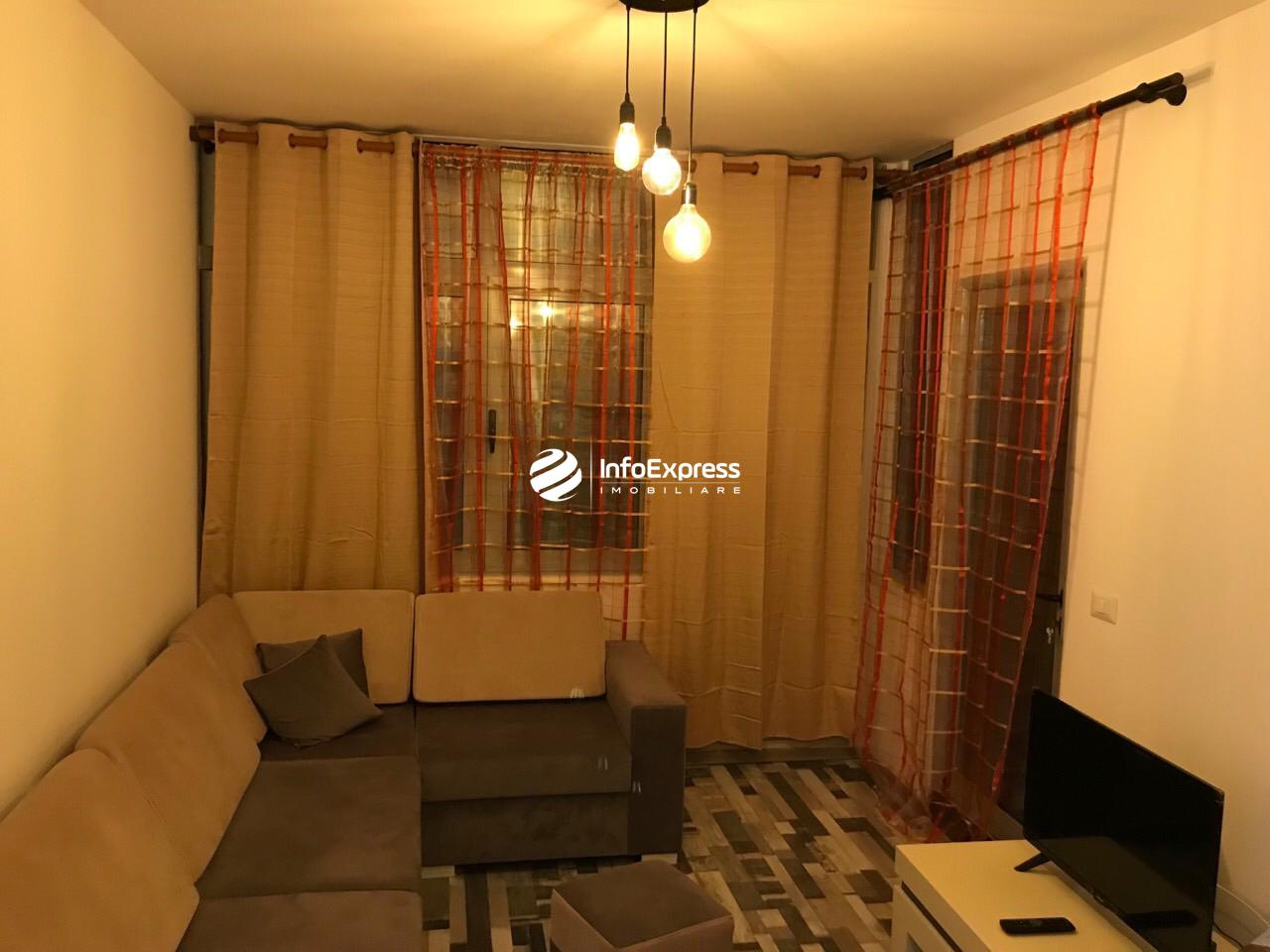 TRR-0419-1433 Jepet me qera apartament 1+1 ndodhet prane ish hotel diplomat 1 ne Vasil Shanto .