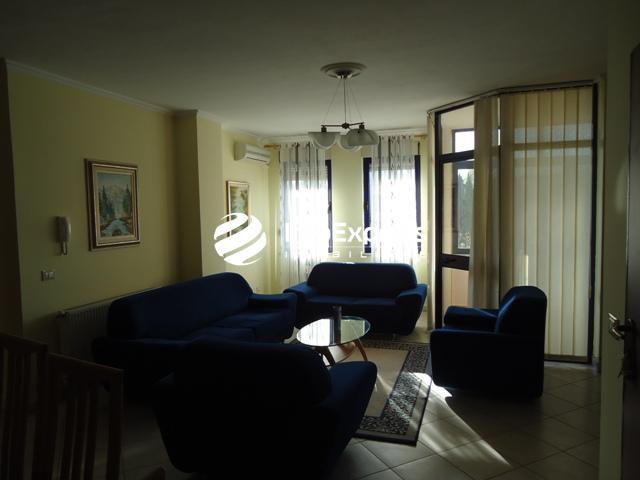 TRR-0618-1199 Jepet apartament 2+1 me qera,prane Librit Universitar , Tirane