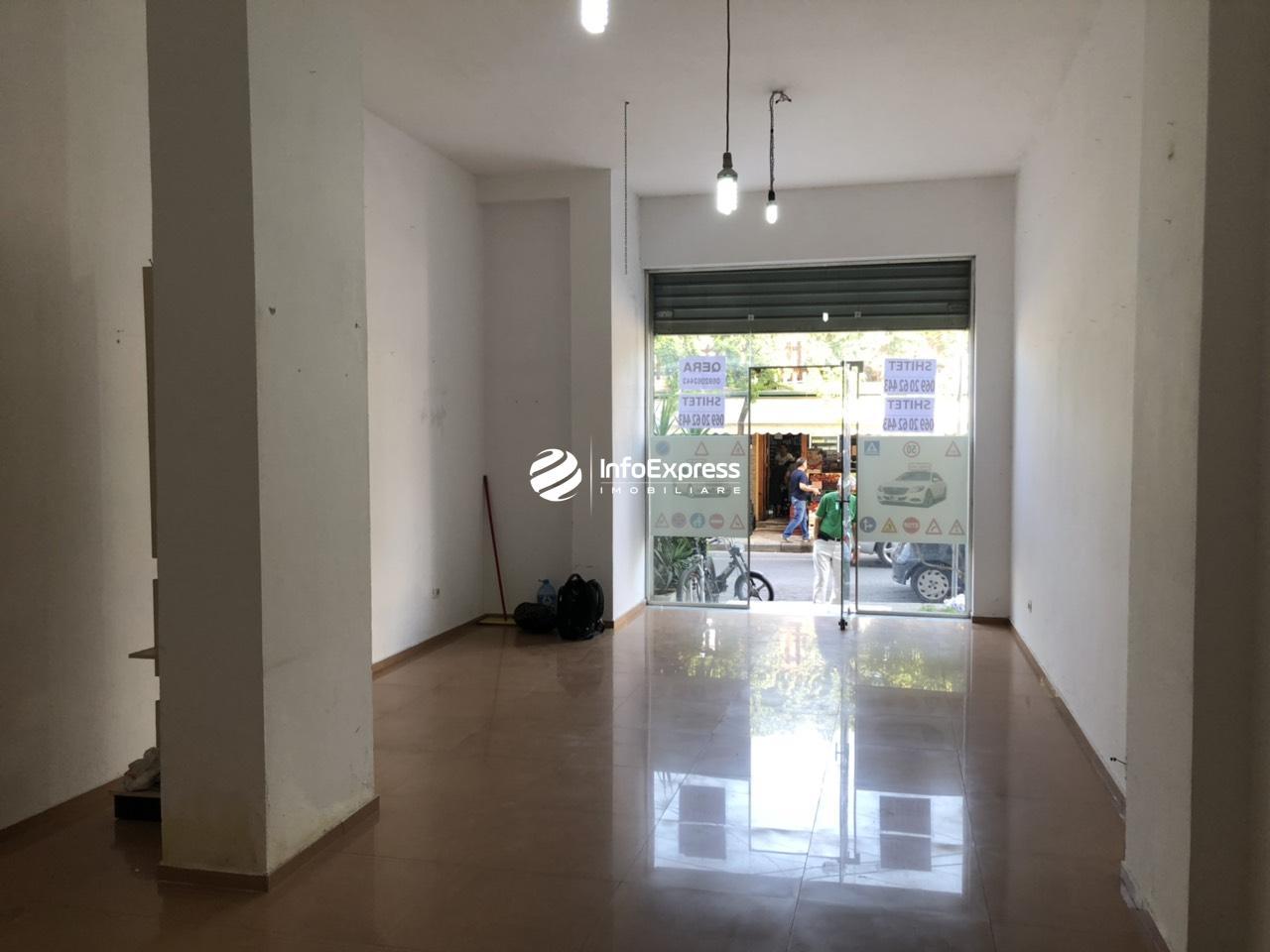 TRS-0618-1364 Shitet dyqan ndodhet prane gjimnazit partizani , te Selvia