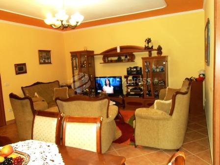5. dhoma e ndenjes