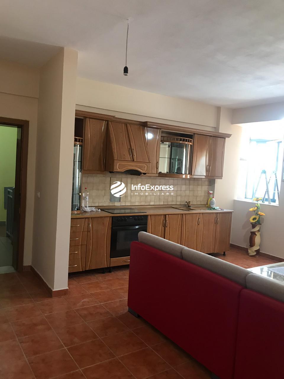 TRR-0419-1430 Jepet me qera apartament 2+1 ndodhet ne bulevardin gjergj fishta prane hotel Hilton