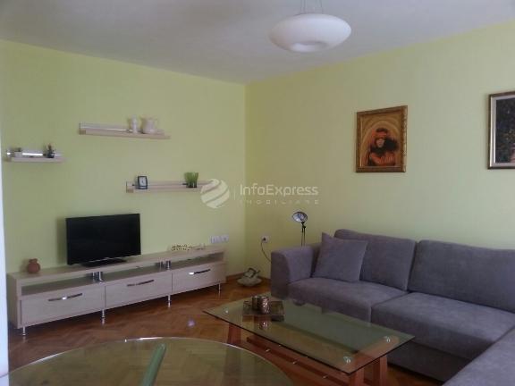 TRR-615-135 Apartament 1+1 me qera ne Myslym Shyri