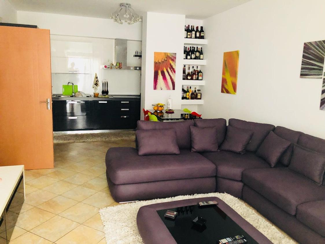 TRS-515-10 Apartament 2+1 ne shitje perballe Universitetit Europian
