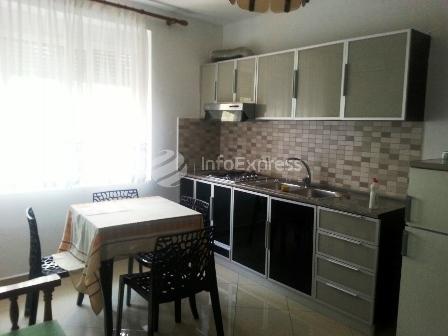Apartament 2+1 me qera ne rrugen Muhamet Gjollesha
