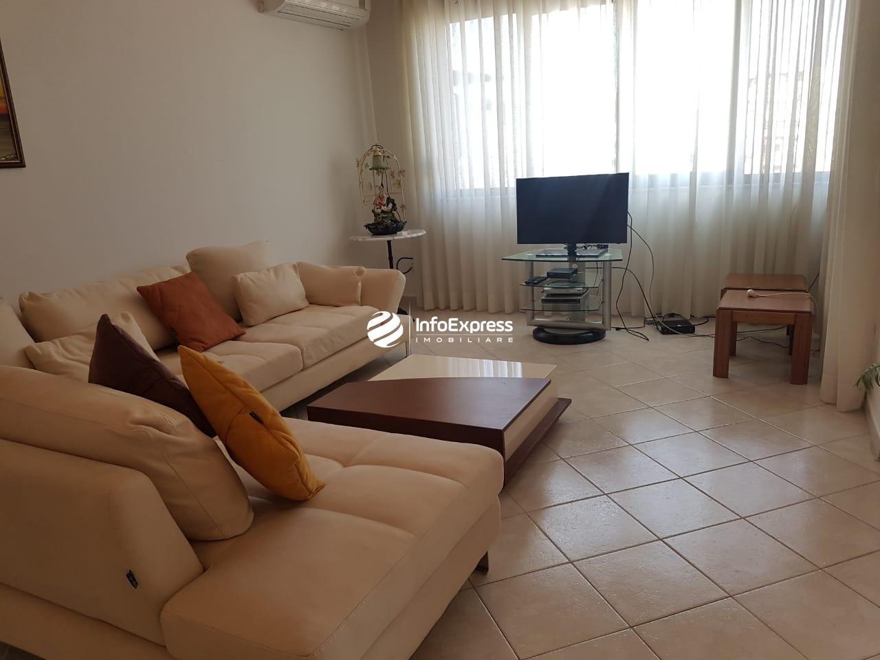 TRR-0419-1499 Jepet me qera apartament 3+1 ndodhet ne rrugen Pjeter Bogdani,ne zonen e Bllokut.