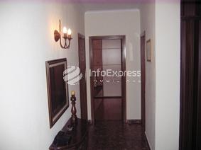 AA Koridor tek dhomat