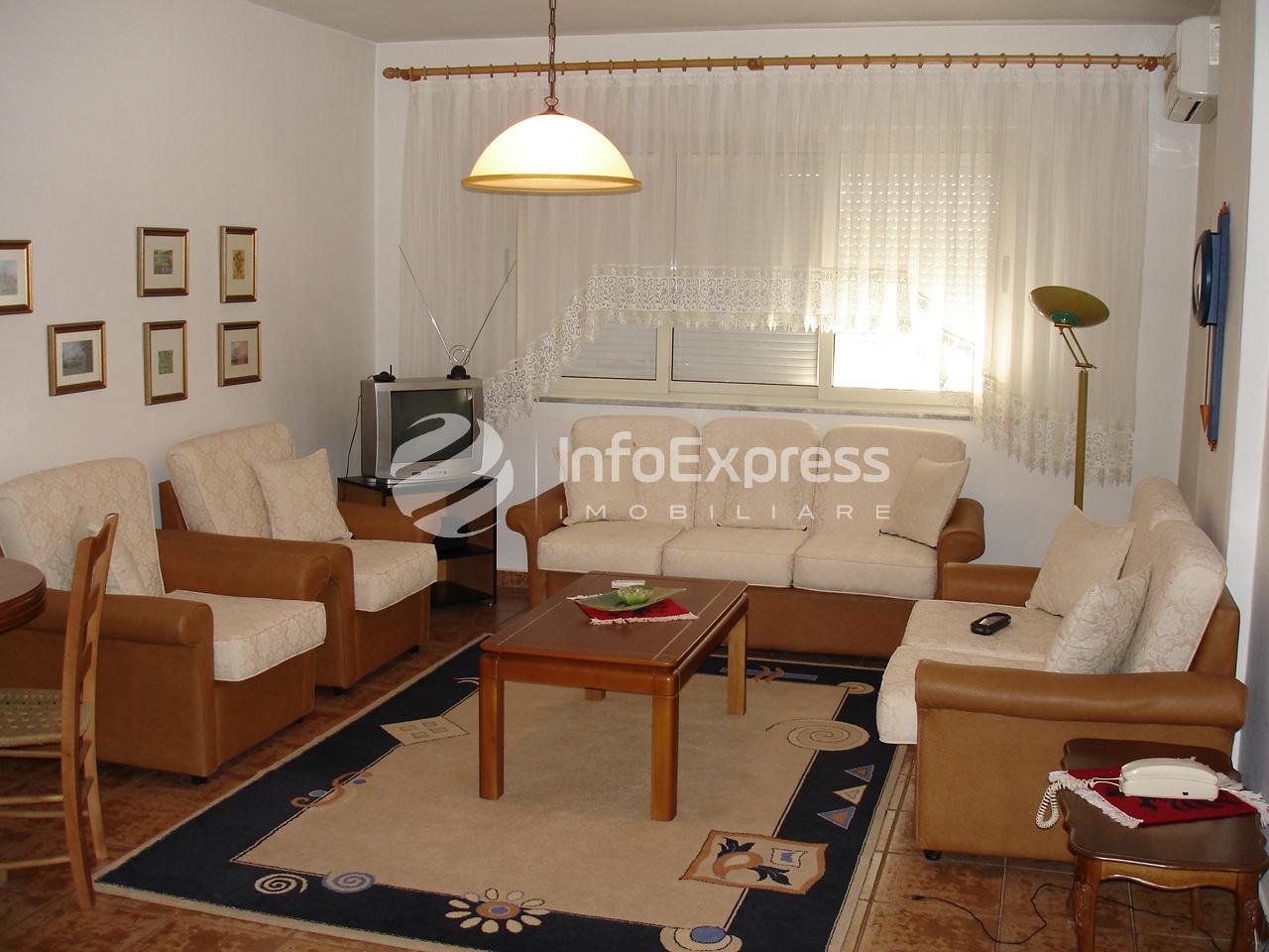 """TRR-617-681 Apartament 1+1 me qera te shkolla """"Petro Nini Luarasi"""""""