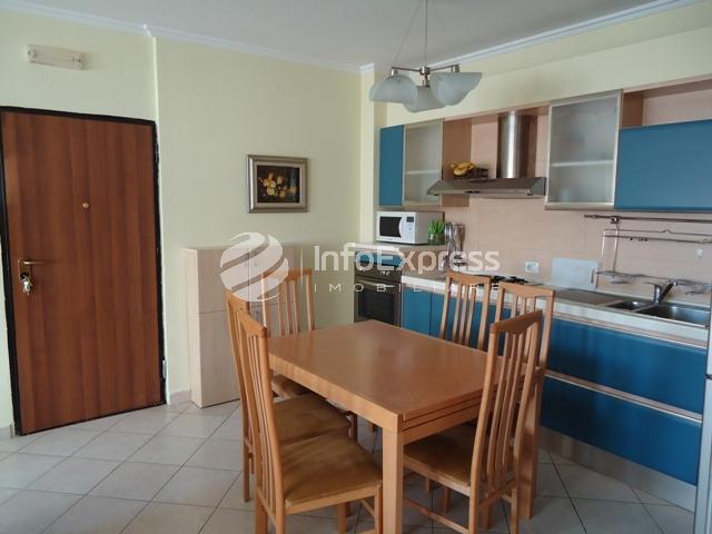 TRR-1116-579 Apartament me qera tek Libri Universitar
