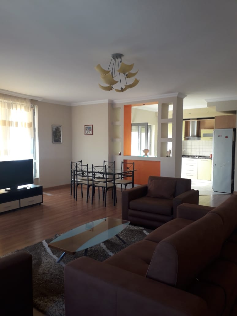 TRR-0618-1183 Apartament 2+1 Rruga Kosovareve