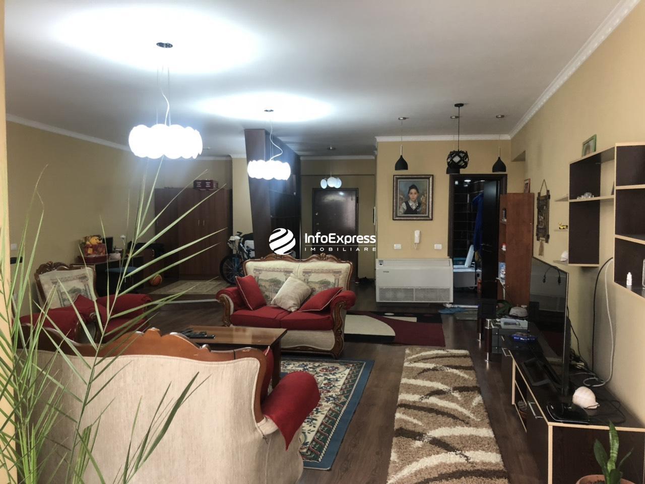 TRS-0618-1299 Shitet apartament 3+1 te Komuna e Parisit,Kompleksi Kika 2