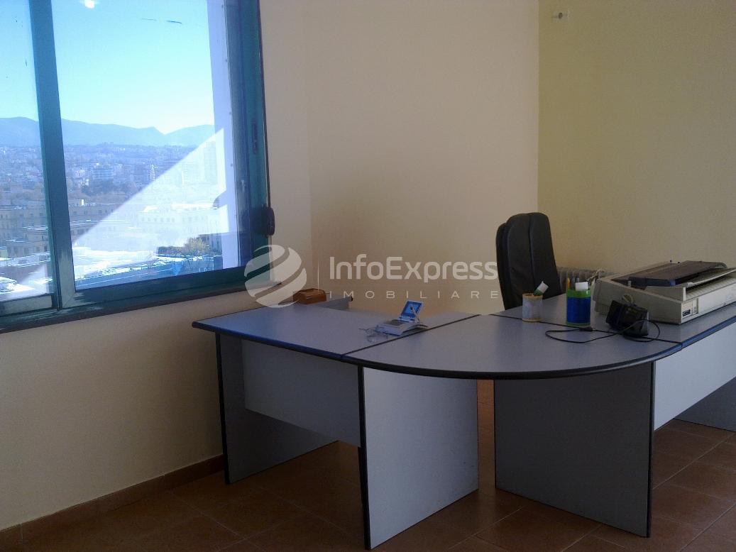 TRR-915-252 Zyre me qera ne Qender te Tiranes