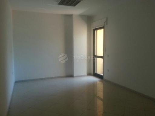 TRR-715-145 Ambjent me qera 200 m2 ne Qender te Tiranes