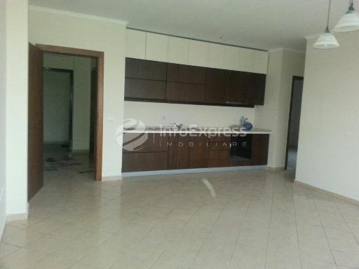 TRS-1015-307  Apartament 2+1 ne shitje ne rrugen Frosina Plaku