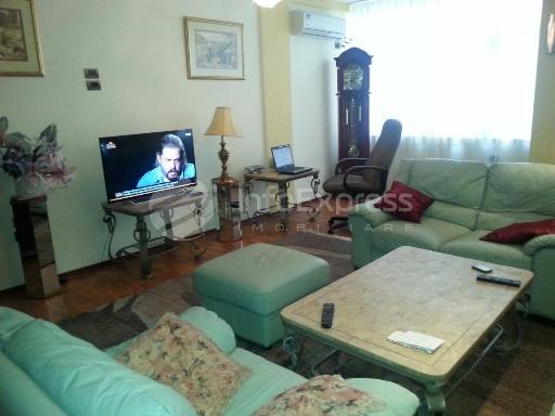 TRR-1115-333 Apartament 2+1 me qera ne Tirane te Re