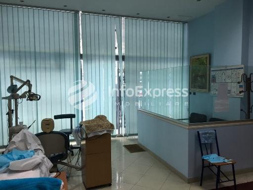 TRS-1016-561 Klinike dentare ne shitje ne Bulevardin Bajram Curri
