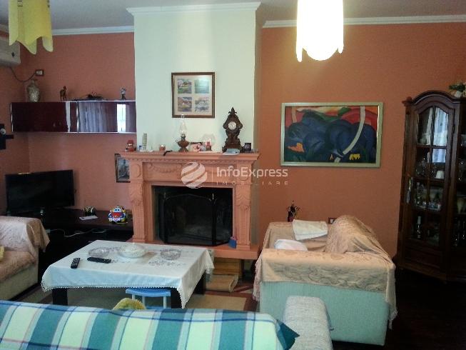 TRS-515-45 Apartament i ri 3+1, me sip. 145 m2 tek Tirana e re
