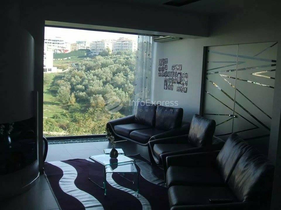 TRS-515-49 Apartament 3+1 ne shitje prane Kopeshtit Zoologjik